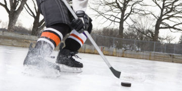 Staying on the Ice – How to Prevent Hockey Injuries (And What to do If You Are Injured)